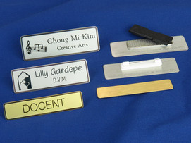 solid-brass-and-nickel-engraved-name-tags